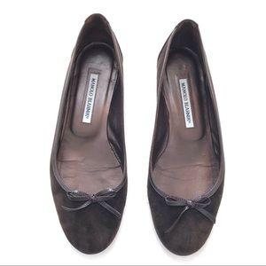 Manolo Blahnik Round Toe Flat Shoes